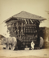 Massive wooden rath (temple car), Tiruchengodu